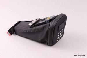 Satteltasche mit Clip-Befestigung zur Unterbringung der Steuereinheit