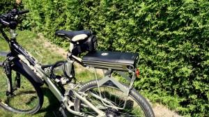Der verwendete Gepäckträger erlaubt sogar die Verwendung von Packtaschen am Fully