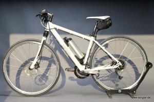Das Senglar-Pedelec: 17,5kg, starker Akku (418Wh) und Shimano SLX-Ausstattung