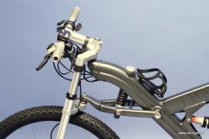 Blick auf die BMW-typische Telelevergabel