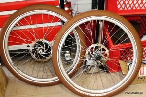 Der Anfang: Zwei Räder für ein besonderes Zweirad von Senglar