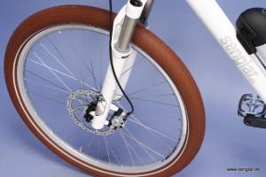 Die Reifen: Komfortable Schwalbe Big Apple in klassischem Braun