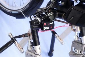 Senglarnachrüstsatz macht Handbike zu e-Bike: LED-Bedienelement