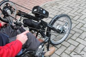 Fahrbereit: Der Senglar-Umbausatz macht das Handbike zum Pedelec