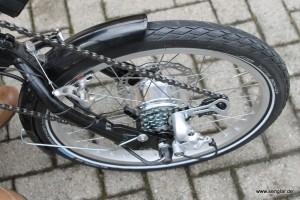 Nachgerüstet: Die Kettenschaltung am Senglarantriebs des Handbikes