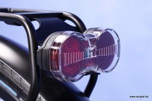 Auch von hinten gut sichtbar: Das LED-Rücklicht