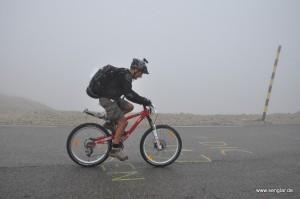 Mont Ventoux: Und der Nebel kommt!
