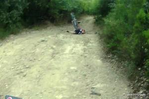 Phase 4: Der Fahrer ist schon am Boden, das Fahrrad folgt gleich